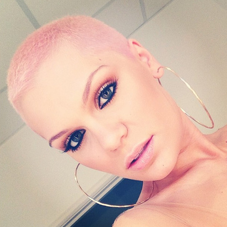 jessiej-dyes-hair-pink-voice-final-bleach-london_1